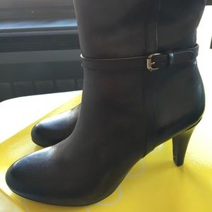 NEW Brown Leather Boots from Circa by Joan & David